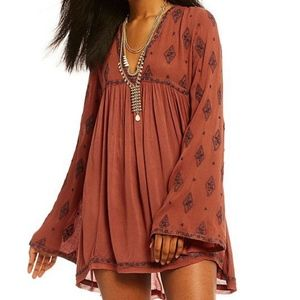 NWT FREE PEOPLE DIAMOND EMBROIDERED TUNIC
